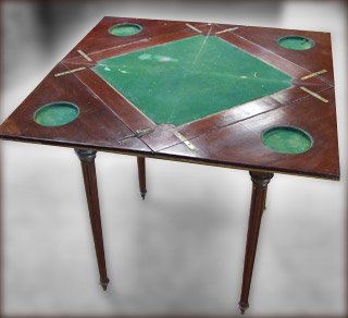 Table à Jeu en Mouchoir Napoléon III avant restauration